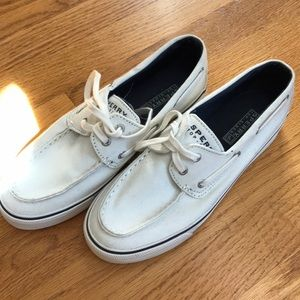 white sperrys (canvas)